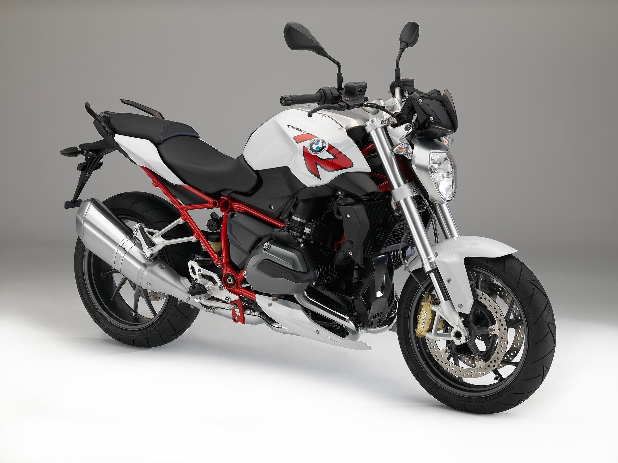"La monster 1200 ""R"" arrive. - Page 2 BMWR1200R20151"